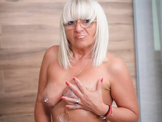 Amateur naked XHotBlondMom